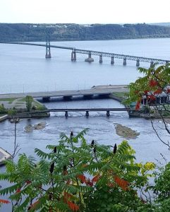 A bridge over the Saint Lawrence River near Quebec