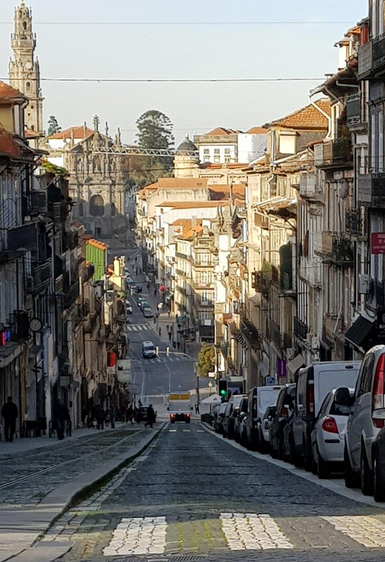 The steep Porto streets