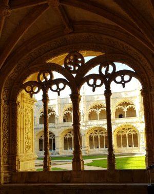 מנזר ז'רונימוש המעוצב בסגנון המנואלי