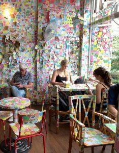 Note cafe Hanoi - דברים שרואים רק בווייטנאם