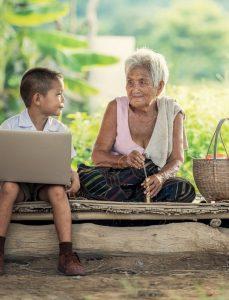 סבתא ונכד