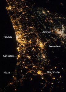 המזרח התיכון בלילה